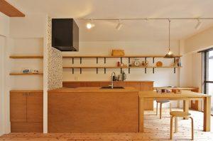 木のキッチン,マンションリノベーション