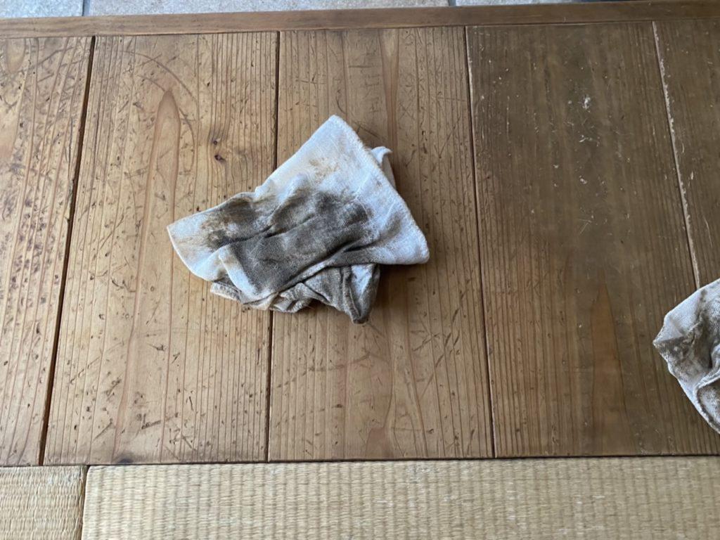 山暮らしの家 無垢の床の掃除
